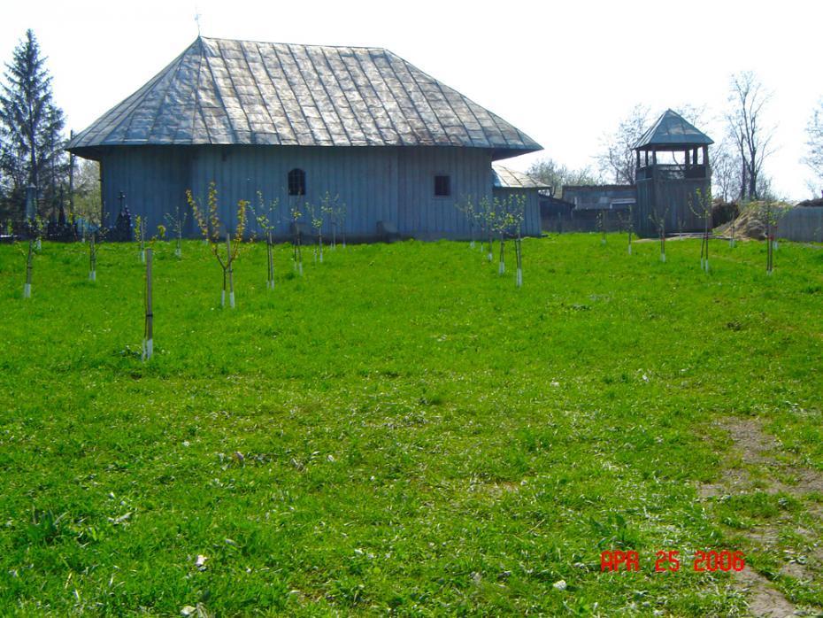 """Exterior Biserica """"Sfântul Nicolae"""""""